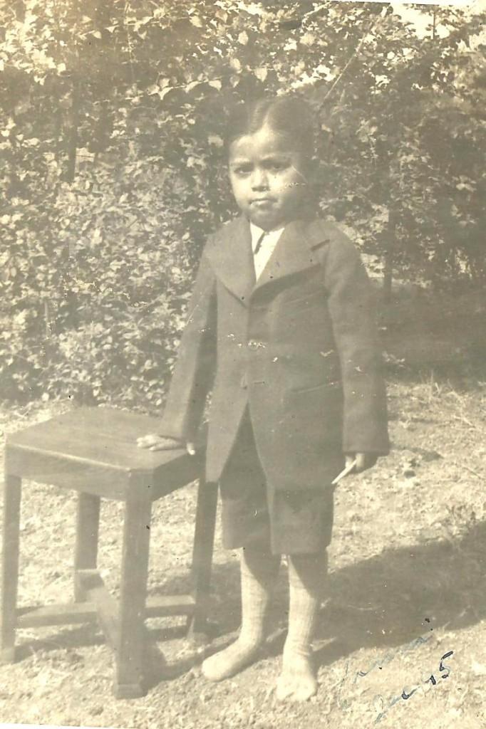 Surjit 1945