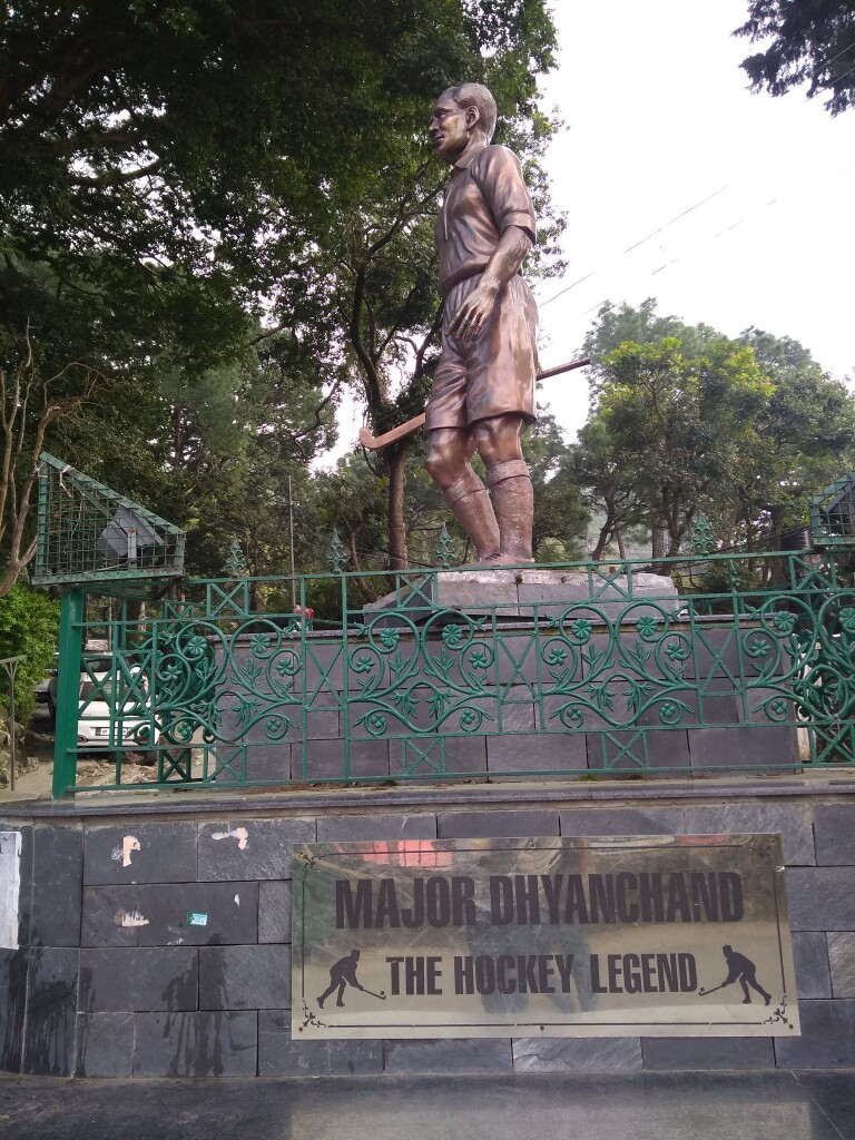 kasauli statue